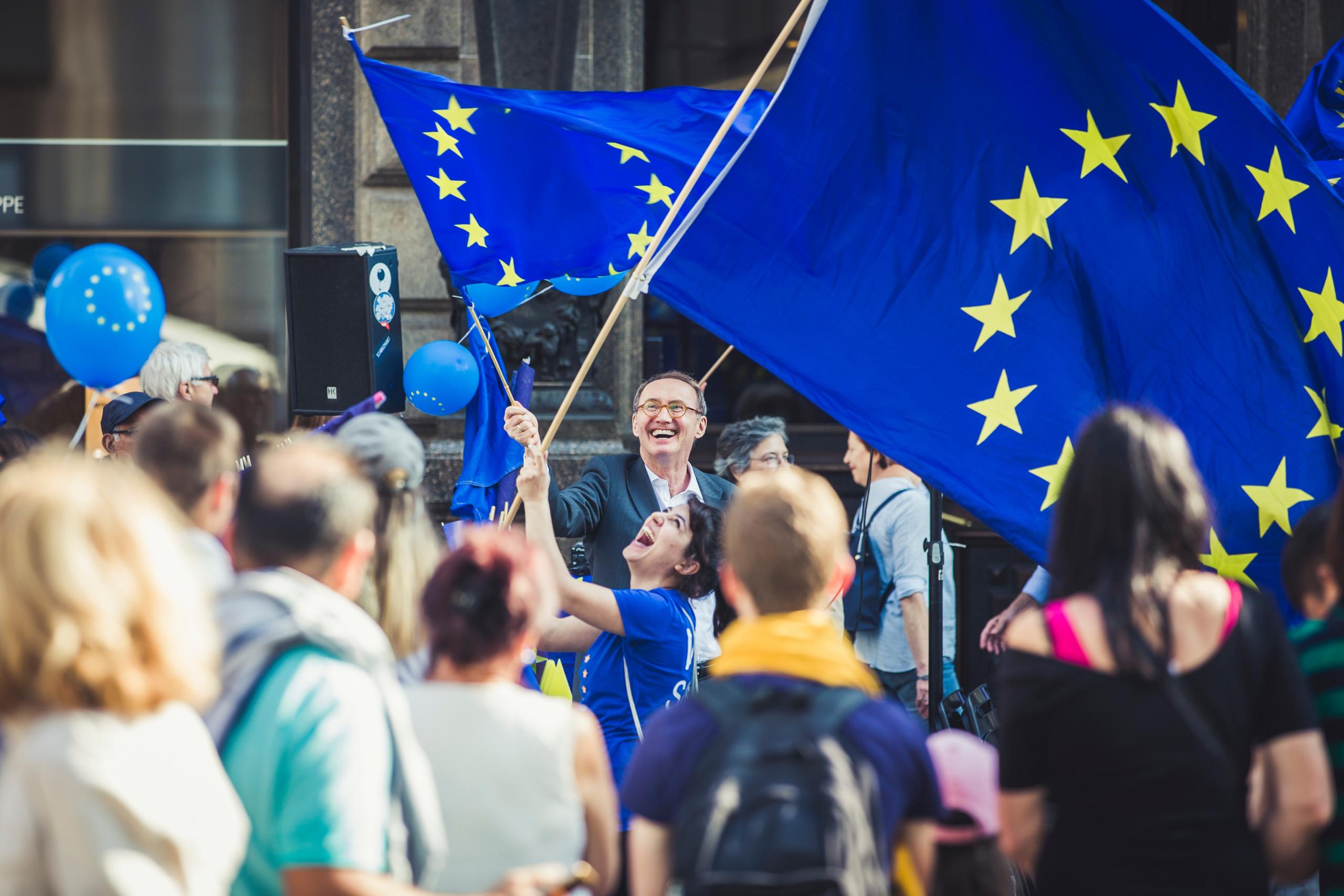 BGF_EU Fahne mit OK
